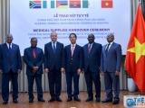Việt Nam trao tặng vật tư y tế hỗ trợ 5 nước châu Phi phòng, chống Covid-19