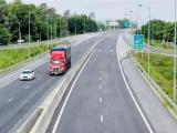 Bắt đầu giảm 10-30% phí sử dụng đường bộ cho xe kinh doanh vận tải