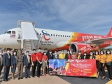 Vietjet Thái Lan khai trương đường bay Bangkok – Khon Kaen với màn biểu diễn của ca sỹ nổi tiếng Ying-Lee trên tàu bay