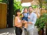 Vợ chồng Hà Anh tham quan trường mẫu giáo 'chuẩn sang' của bé Myla