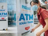 Hà Nội: Máy ATM tặng khẩu trang đầu tiên chính thức hoạt động