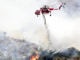 Mỹ: Cháy rừng nghiêm trọng ở California do bắn pháo hoa