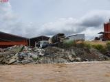Vĩnh Long: Nhà máy bê tông 620 Châu Thới ngang nhiên xả thải ra môi trường