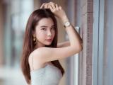 Huỳnh Vy khoe vẻ đẹp ngọt ngào với loạt váy ngắn ôm sát cơ thể