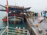 39 thuyền viên tàu câu mực được cứu giữa biển Trường Sa