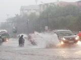 Dự báo thời tiết ngày 7/10: Vùng áp thấp gây mưa lớn ở Trung Bộ