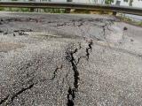 Nghệ An: Bất ngờ xuất hiện vết nứt, sụt lún kéo dài tại dốc Chuối