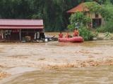 Đã có 84 người thiệt mạng, 38 người mất tích do mưa lũ ở miền Trung