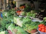 Giá rau xanh tại nhiều địa phương tăng mạnh sau mưa lũ