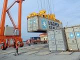 Việt Nam xuất siêu gần 19 tỷ USD trong 10 tháng