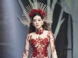 Hoa hậu Khánh Vân hóa nữ thần rừng, là nàng thơ của Vietnam Runway Fashion Week 2020