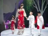 Gia đình các sao Việt trình diễn thời trang trong ngày cuối VJFW 2020