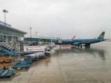 Tạm dừng khai thác 5 sân bay để ứng phó bão số 12