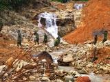 Sẽ hoàn thành việc nắn dòng suối Rào Trăng trong ngày 20/11