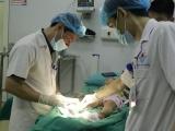 Phú Thọ: Bé trai 17 tháng tuổi nhiễm trùng nặng do đắp thuốc nam trị bỏng