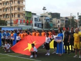 Khai mạc VCK Press Cup 2020: Trao quà cho 10 gia đình chính sách TP. Sầm Sơn và con gái Liệt sĩ Phạm Văn Hướng