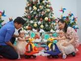 Chị em song Nhi cùng đón giáng sinh tại BV Nhi Đồng
