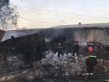 Bình Dương: Cơ sở phế liệu 2.000 m2 bị thiêu rụi trong biển lửa