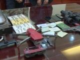Thanh Hóa: Bắt đối tượng buôn bán ma túy có súng và flycam