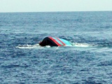 Đã cứu được 7 ngư dân tàu cá bị chìm trên biển Côn Đảo