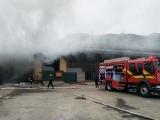 Xác minh, làm rõ vụ cháy kho hàng tại cửa khẩu Bắc Phong Sinh