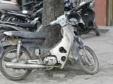 Cần có lộ trình thu hồi, loại bỏ xe máy cũ nát