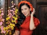 Dương Yến Nhung khoe sắc ngọt ngào, không đi du lịch, ở bên cạnh gia đình đón Tết
