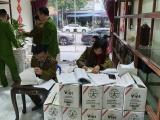 Thu hồi hơn 800 chai thực phẩm kém chất lượng tại Hà Nội