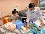 Hà Nội: Bé gái rơi từ tầng 12A chung cư sắp được xuất viện