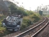Quảng Ngãi: Tàu hoả tông ô tô, 3 người thương vong