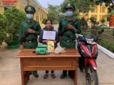 Kon Tum: Bắt giữ người phụ nữ vận chuyển 1kg ma tuý để nhận 2 triệu đồng tiền công