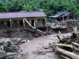 Nhiều địa phương thiệt hại nặng do mưa lớn kèm dông lốc