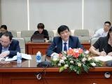 Bộ trưởng Y tế thảo luận với Đại sứ Trung Quốc, Ấn Độ và Tham tán công sứ Nga về vaccine ngừa COVID-19