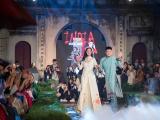 Ngọc Hân, NTK Hà Duy trình làng bộ sưu tập áo dài mới tại Văn Miếu