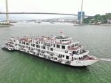 Quảng Ninh: Cách ly 182 người trên du thuyền do có đầu bếp là F1