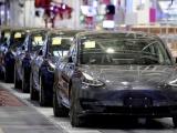 Triệu hồi gần 6.000 xe Tesla để khắc phục lỗi phanh