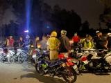 Bình Dương: Xử phạt 20 thanh niên tụ tập đua xe bất chấp dịch bệnh