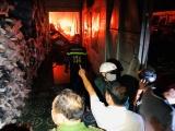 Khẩn trương điều tra nguyên nhân vụ cháy kho vải tại Đồng Nai