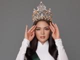 Người đẹp Vân Anh sẽ đại diện Việt Nam dự thi Miss Earth 2021