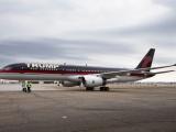 Máy bay riêng của Tổng thống Mỹ Donald Trump bị gãy cánh