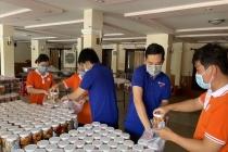 """TPHCM: Chương trình """"Bếp ăn yêu thương"""" hỗ trợ công nhân chống dịch Covid-19"""
