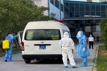 Chiều 4/8: Thêm 18 ca dương tính, hai nhân viên y tế nhiễm COVID-19