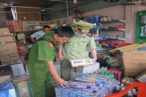 Bình Dương: Công an điều tra vụ tàng trữ số lượng 'khủng' thuốc lá lậu