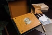Độc bản chữ A 'Đông Dương xinh đẹp và kỳ vĩ' đấu giá được 130 triệu đồng