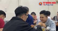 Hà Nội: Người dân hào hứng khi hàng quán được phép kinh doanh tại chỗ