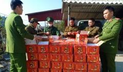 Lạng Sơn: Thu giữ 1,2 tấn hồng sấy dẻo nhập lậu