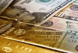 Giá vàng và ngoại tệ ngày 14/8: Vàng ổn định trở lại, USD tiếp tục suy yếu