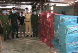 Kon Tum: Triệt phá thành công vụ đào hầm trong nhà tàng trữ pháo lậu lớn nhất