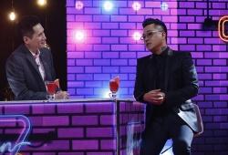'Cuộc hẹn cuối tuần': Tuấn Hưng bất phân thắng bại cùng BTV Quốc Khánh