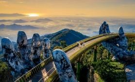 Cầu Vàng - sứ giả đưa Việt Nam đến với thế giới trong thời Covid-19